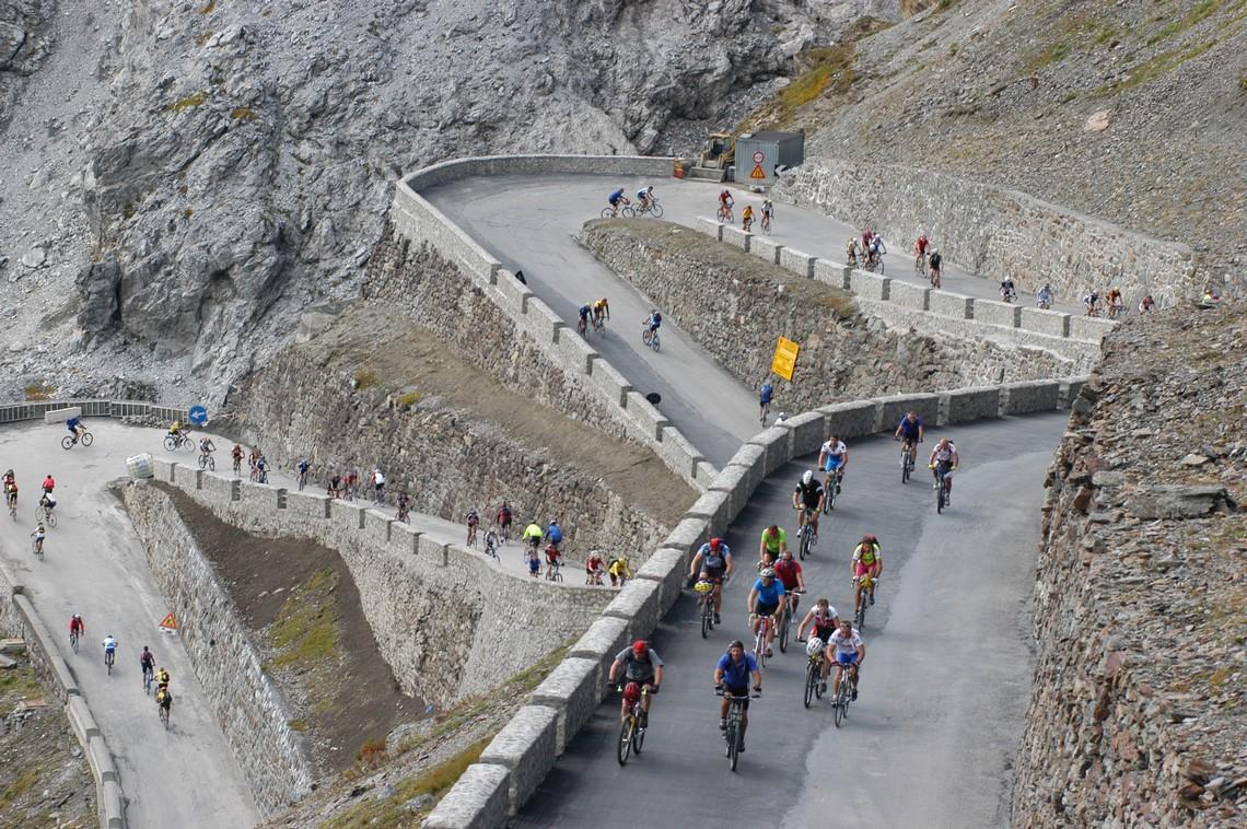 Igy latjak az allatok a vilagot 753 - Szard Ni N Rajtol A 100 Giro D